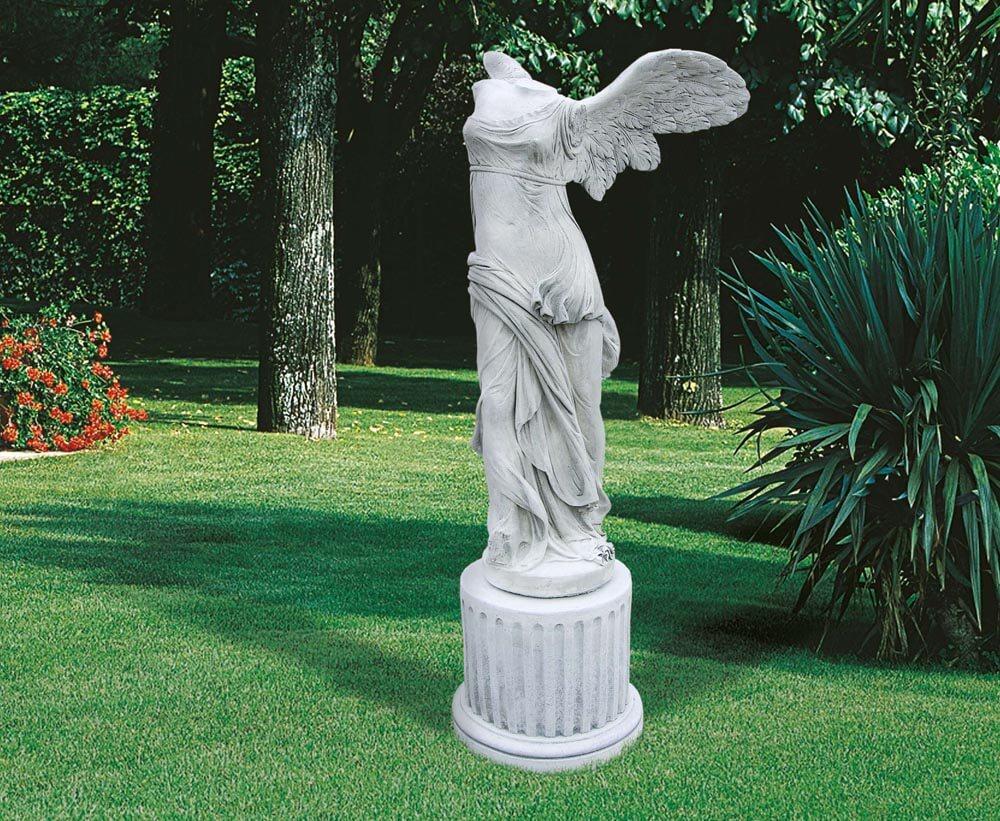 GIARDINO Statue Nike di Samotracia ST468
