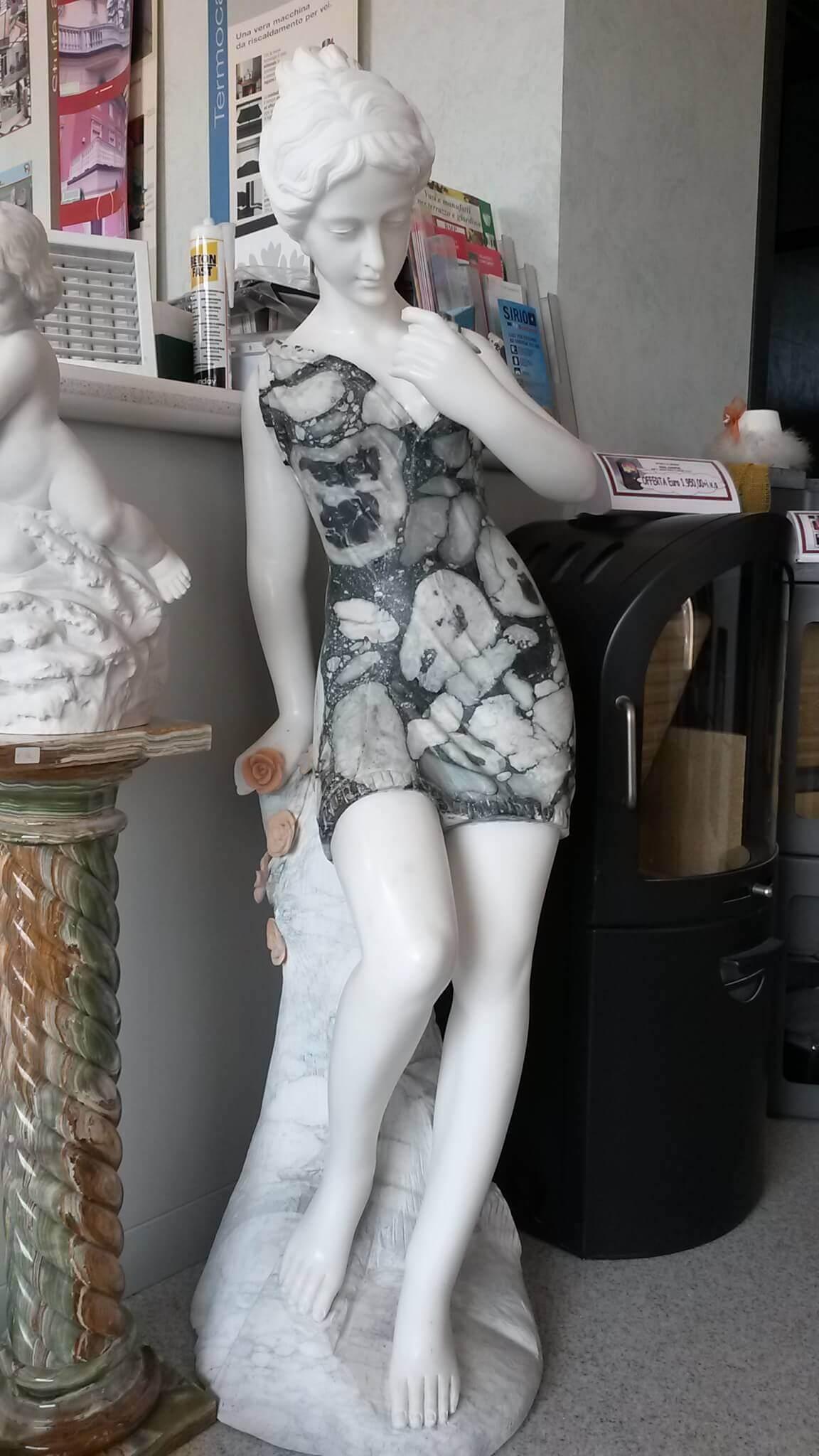 GIARDINO Statue Statua con Rosa BMPST2