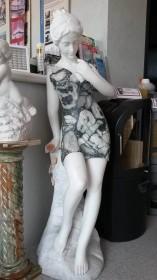 Marmo GIARDINO Statua con Rosa BMPST2